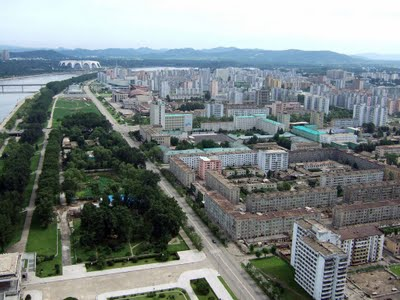 Juche_2btower_2bview_2b-_2bpyongyang_medium