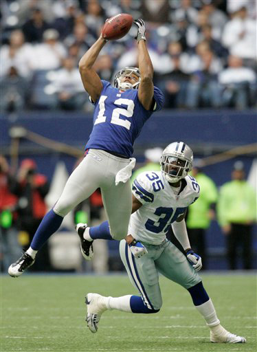 Smith-12-giants-catch1_medium