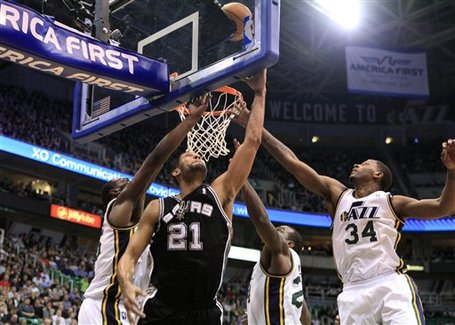 120419_spurs_jazz_basketball_medium