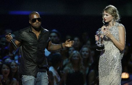 Large_kanye-west-taylor-swift-incident_jpg_medium