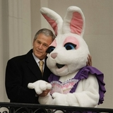 Bush_and_the_bunny