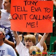 Funny_spurs_fan_sign_20120517_1513028536