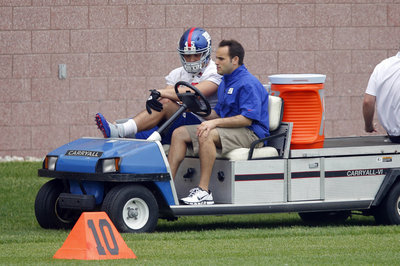 New York Giants OTA Report: Hakeem Nicks absent, Henry Hynoski injured
