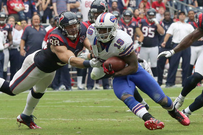 Acura Springfield on Free Agent Wide Receiver Donald Jones Is Scheduled To Visit With The