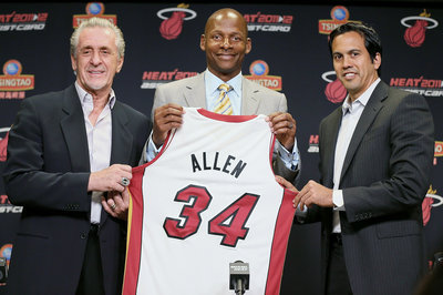 Ray Allen, Paul Pierce, Kevin Garnett still incommunicado