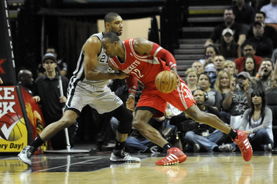 Quick Cap: Spurs fall to Rockets: 112-106