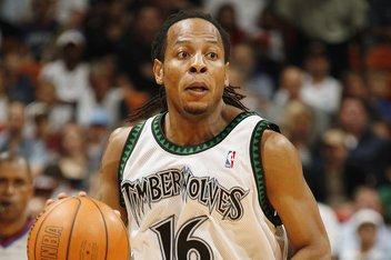 前NBA后卫特洛伊-哈德森决定退役