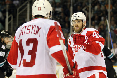 Henrik Zetterberg Undergoes Surgery: Likely to Miss Remainder of Regular Season