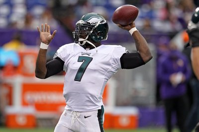 NFL Free Agency 2014: Jaguars could target Michael Vick or Josh McCown, according to report