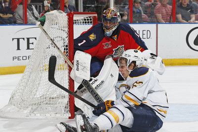 Luongo blanks Sabres in successful Florida Panthers return