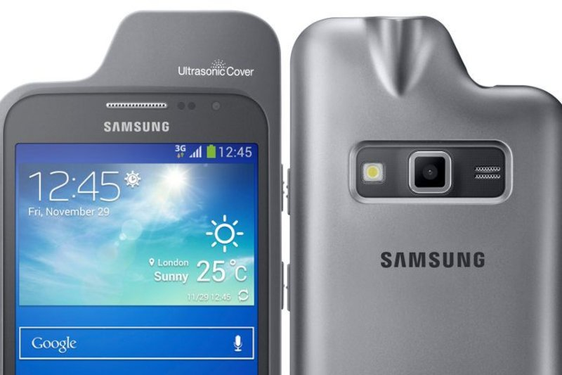 Samsung's Ultrasonic Smartphone Case Helps Guide the Blind