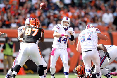 Bengals choose Jason Campbell over Ryan Fitzpatrick