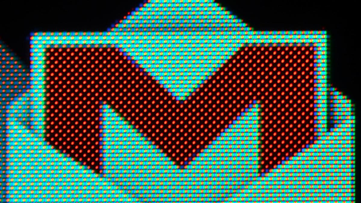 Google най-после започва да криптира трафика между центровете си за данни, за да спре следенето от NSA