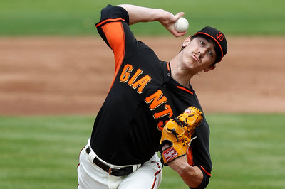 TIM LINCECUM IS BROKEN. SEASON IS LOST. OVER.