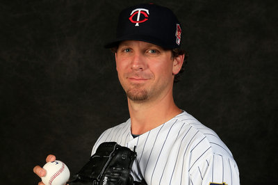 Twins Release, Re-Sign Matt Guerrier