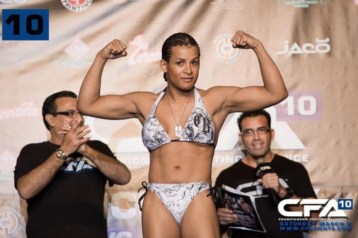 Transgender fighter Fallon Fox's MMA license under review - Page 3 553299_428005560618597_763226529_n.0_standard_730.0