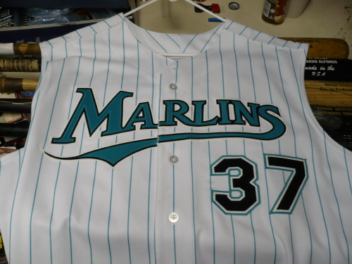 aceb9813d44 The History of the Miami Marlins  Uniforms - Fish Stripes