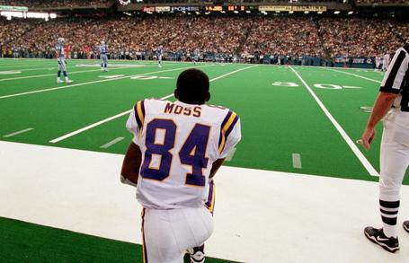 Randy Moss Returns To The Vikings d53e8c21f